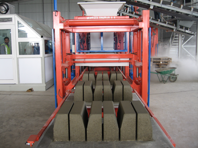Production of curbs on kpm 1025